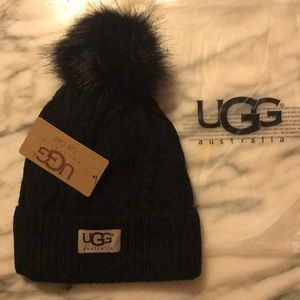 ❤️ Cable Knit UGG Fleece Lined Beanie Hat ❤️